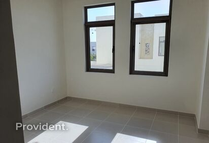 Townhouse for Rent in Mira Oasis