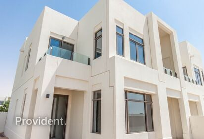 Villa for Rent in Mira Oasis