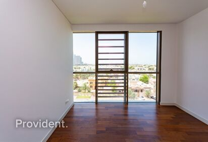 Apartment for Sale in City Walk
